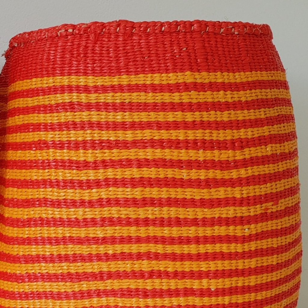 COLOUR YOUR WORLD  // Slim stripe Natural sisal + recycled plastic Kiondo