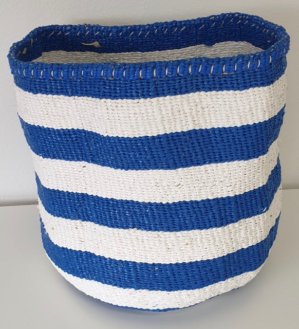 STRIPE RIGHT M Kiondo // Cobalt & White Basket // Made of Sisal + Recycled Polythene