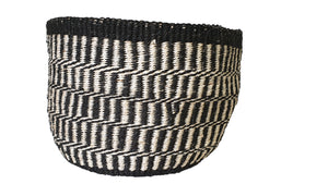 AU NATURALE // Natural handwoven sisal black & white basket