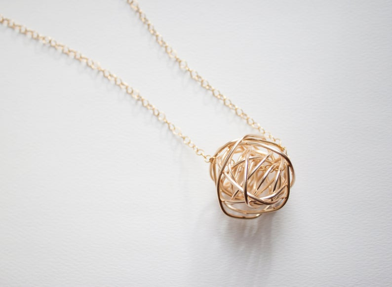 14K Gold Large Knot Necklace