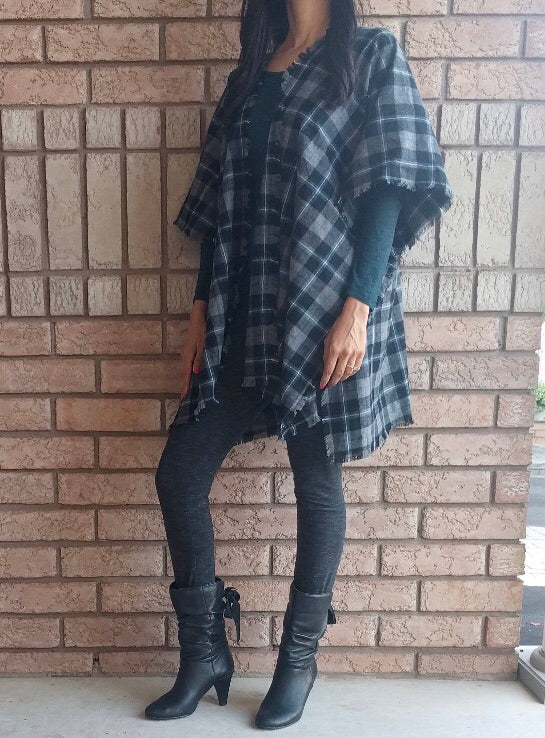 Red,Tan and Black Plaid Kimono