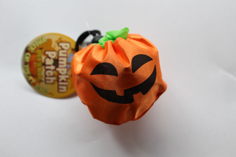 Foldable pumpkin treat bags
