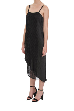 Noble Pleated Dress - Black
