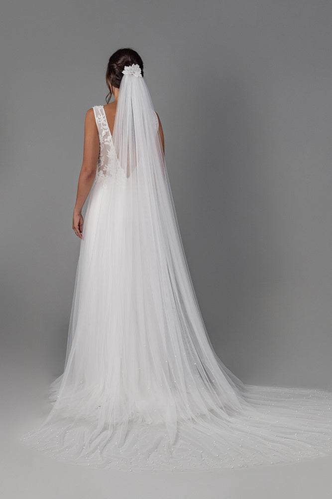 Eternity Pearl Veil