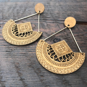 'El Bosque' Tribal Design Mandala Earrings (Brown)