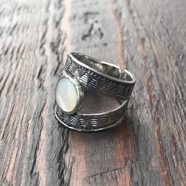 Mexica Sterling Silver & Mother of Pearl Ring