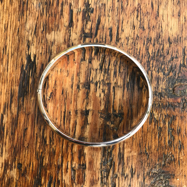 'Bare' Round Locking Bangle (Concave Edge) - Sterling Silver Bangle