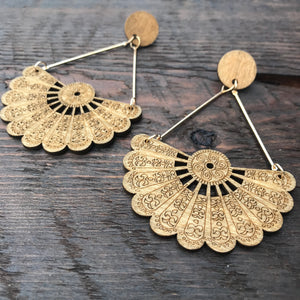 'El Bosque' Dakota Native American Design Mandala Earrings (Brown)