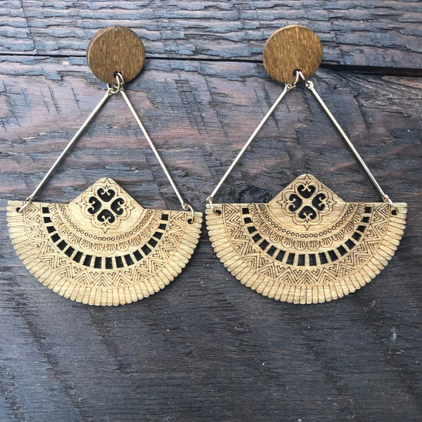 'El Bosque' Apache Native American Design Mandala Earrings (Brown)