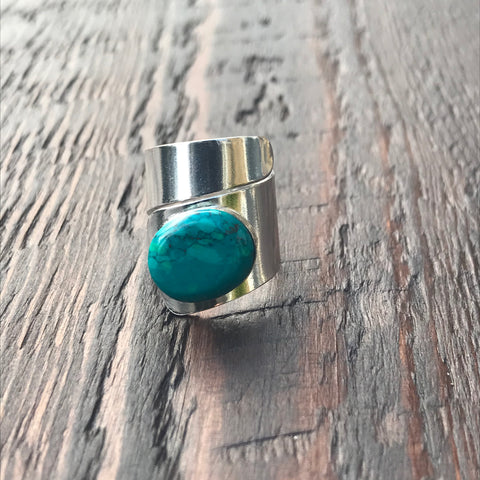 Natural Turquoise Twist Design Sterling Silver Ring