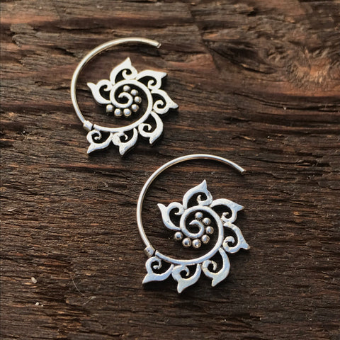 925 Sterling Silver 'Tribal' Design Spiral Hoop Earrings