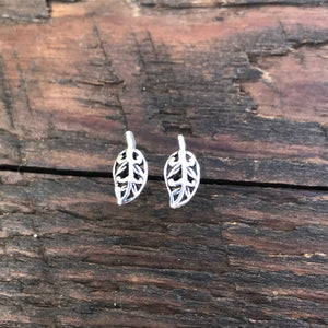 Sterling Silver 'Filigree Leaf' Design Stud Earrings