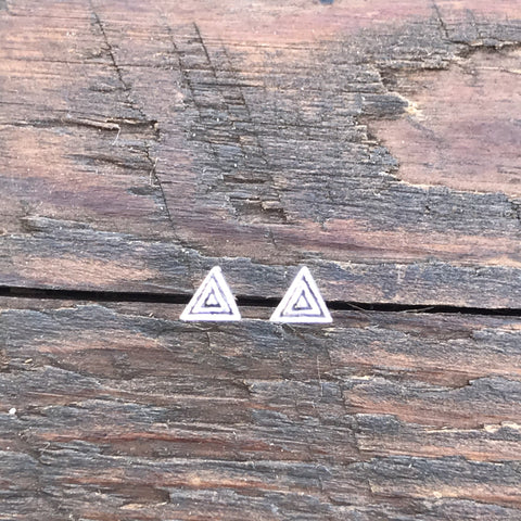 Sterling Silver 'Etched Triangle' Design Stud Earrings