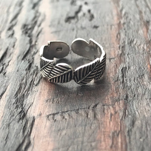 'Laurel' Sterling Silver Toe Ring