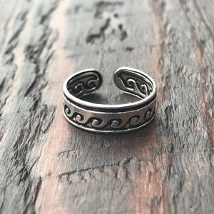 'Regalia' Sterling Silver Toe Ring