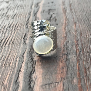 Mother of Pearl Twist Design Hammered Sterling Silver Ring