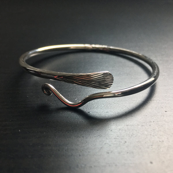 'Karron' Tribal Arrow Etched Sterling Silver Cuff Bangle