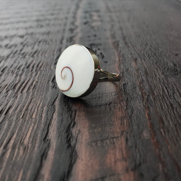 Round Shiva Shell Sterling Silver Ring