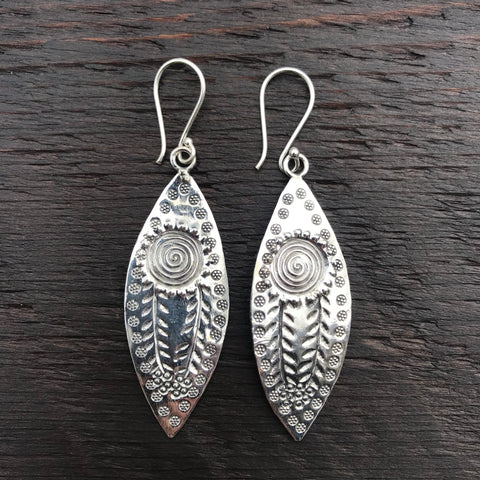 'Karen Hill Tribe' Abstract Tribal Sun Design Sterling Silver Drop Earrings
