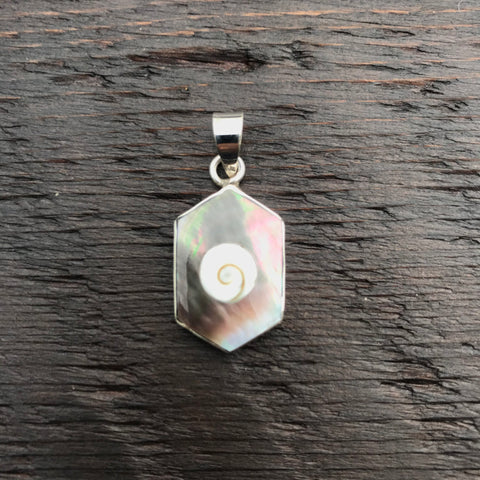 Black Mother of Pearl & Shiva Shell Pendant
