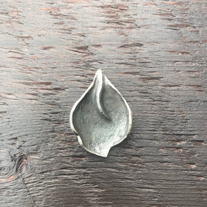 'Luna' Leaf Design Textured Sterling Silver Pendant