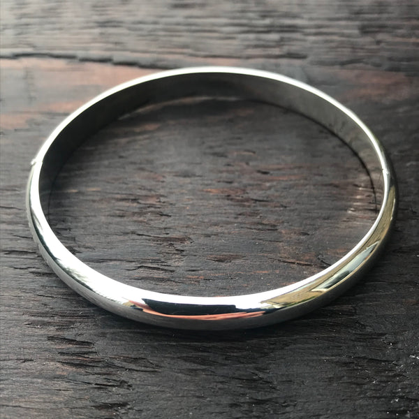 'Bare' Oval Sterling Silver Hinged Locking Bangle