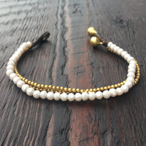 'Brass-Works' Faceted Bead Bracelet (White )