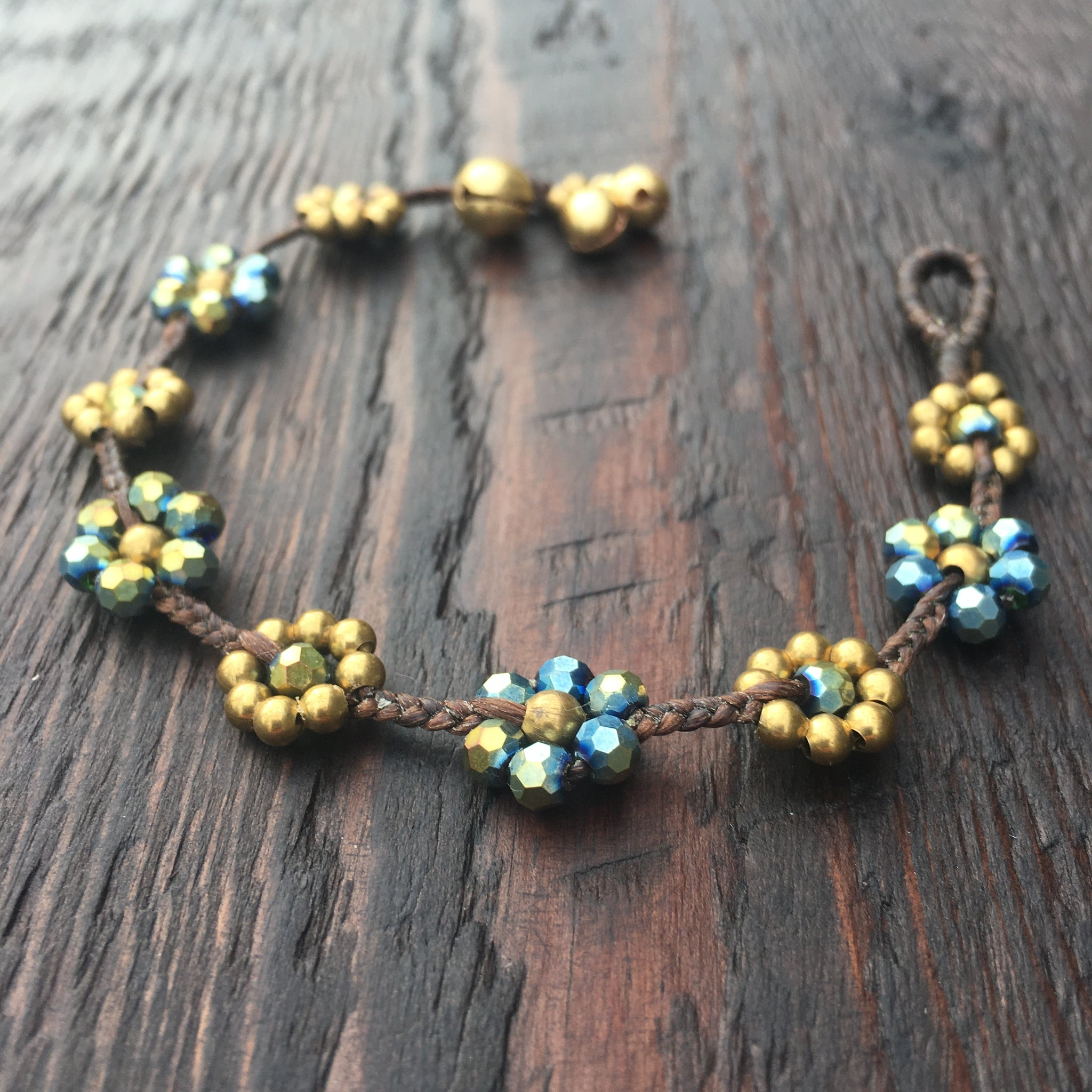 'Brass-Works' Flower Design Bead Bracelet (Grey)