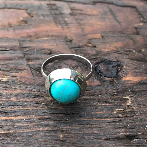 'White Isle' Blue Turquoise Round Stone Sterling Silver Ring