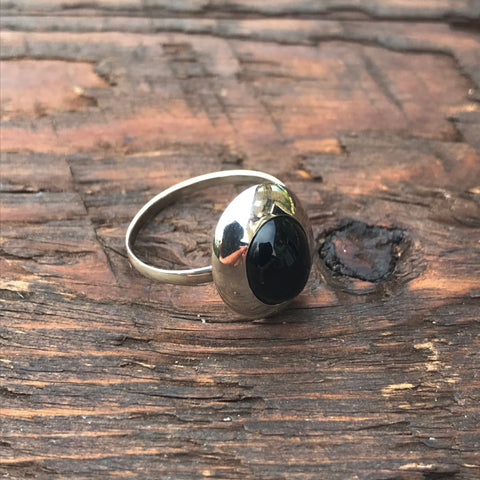 Black Onyx Oval Design Sterling Silver Ring