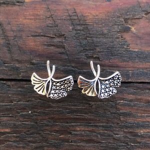 Sterling Silver 'Filigree Fan' Design Stud Earrings
