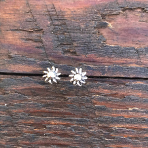 Sterling Silver 'Abstract Floral' Design Stud Earrings