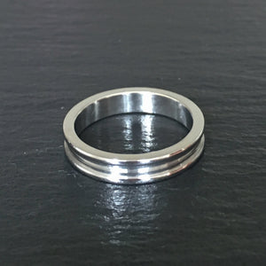 Polished Band with Stepped Edges