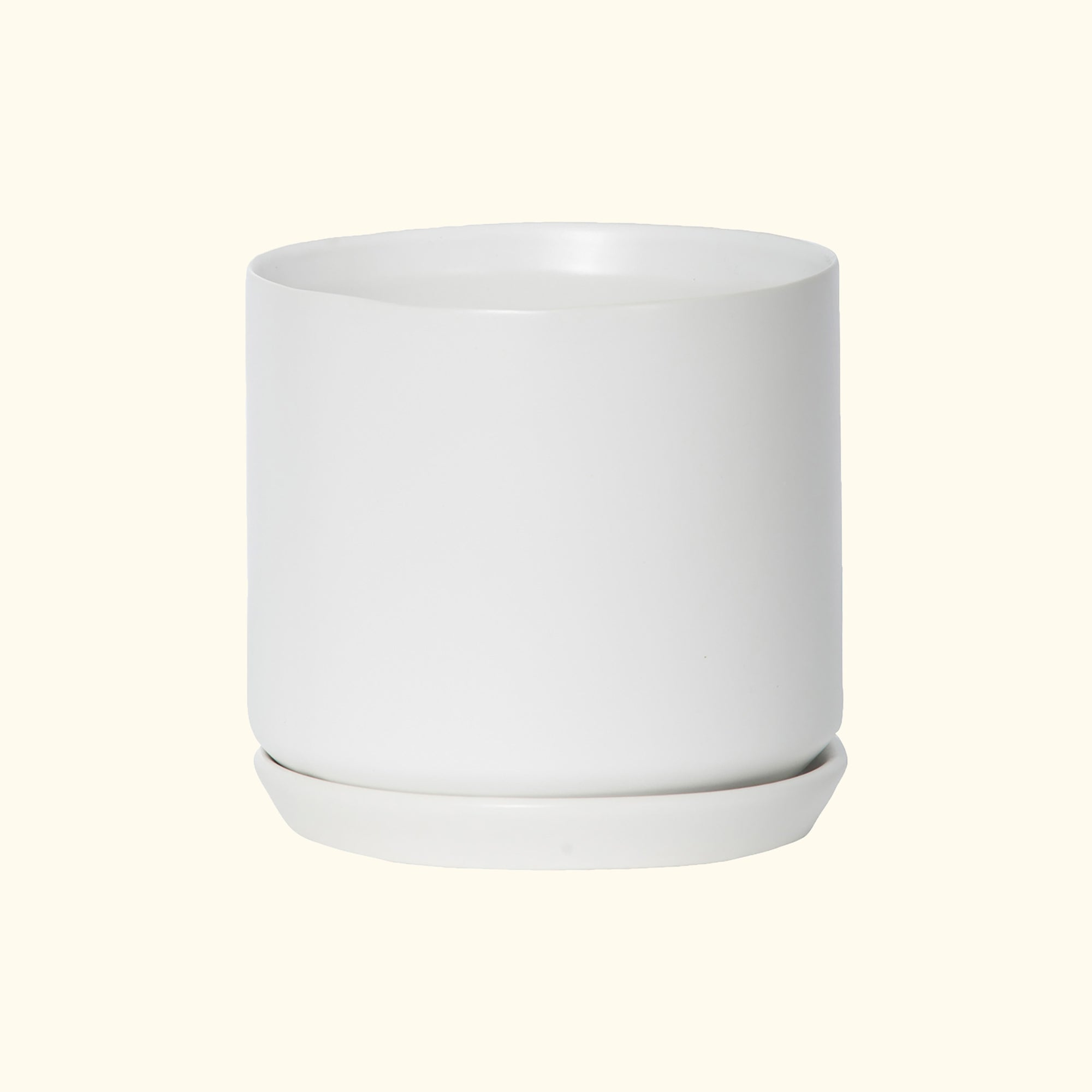 Medium Oslo Planter Ice White
