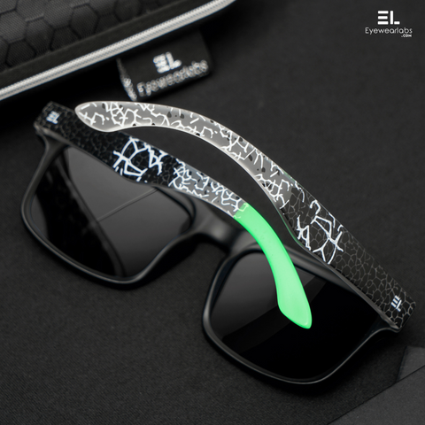 Reactr Tan Brown Magnetic Diary