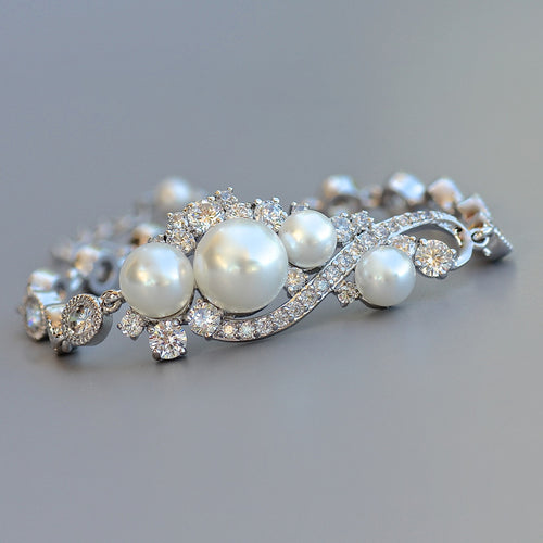 Pearl and Crystal Bridal silver bracelet