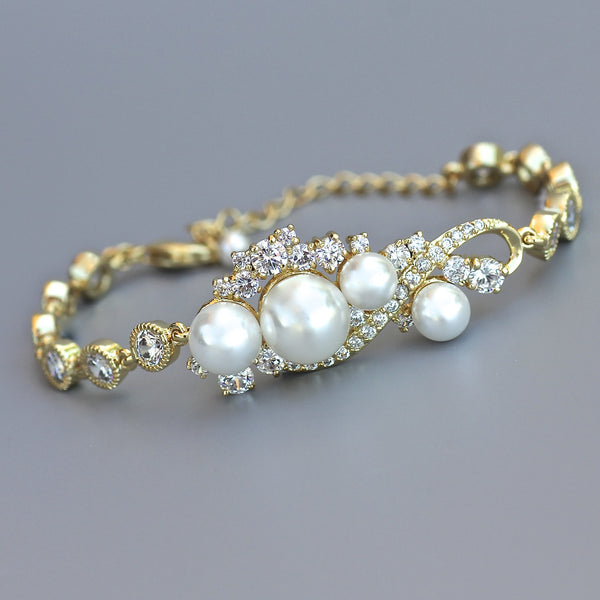 gold pearl and crystal bracelet