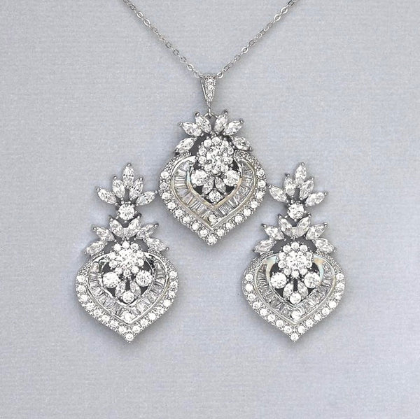 Crystal statement and earrings set