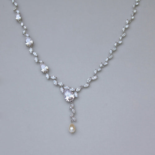 Teardrop Crystal Necklace, ANAÏS