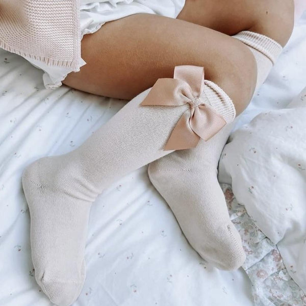 CONDOR Nude Knee-High Sock with Bow