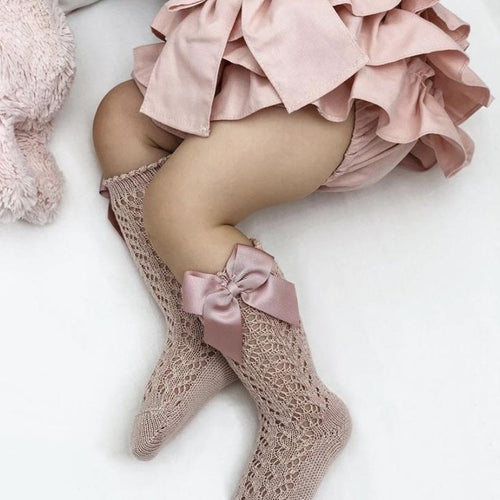 Old Rose Condor Perle Openwork Knee High Sock with Bow