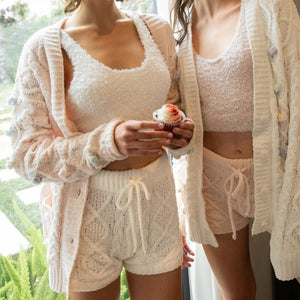the ultra plush cable knit short