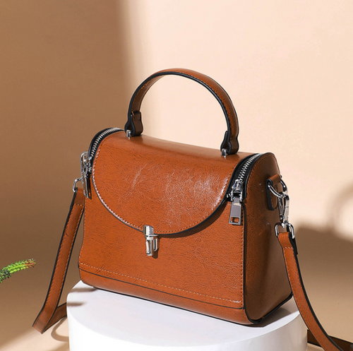 Leather Simple Portable Diagonal Bag Small Square Bag