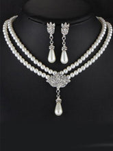 Elegance Pearl Rhinestone Necklace And Earrings