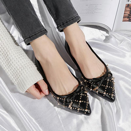 Pointed Rivet Flat With Casual Shoes