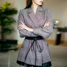 Long Sleeved Split Plaid Blazer