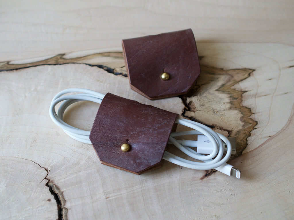 Cable Tidy - Full Grain Leather - Dark Stain Brown