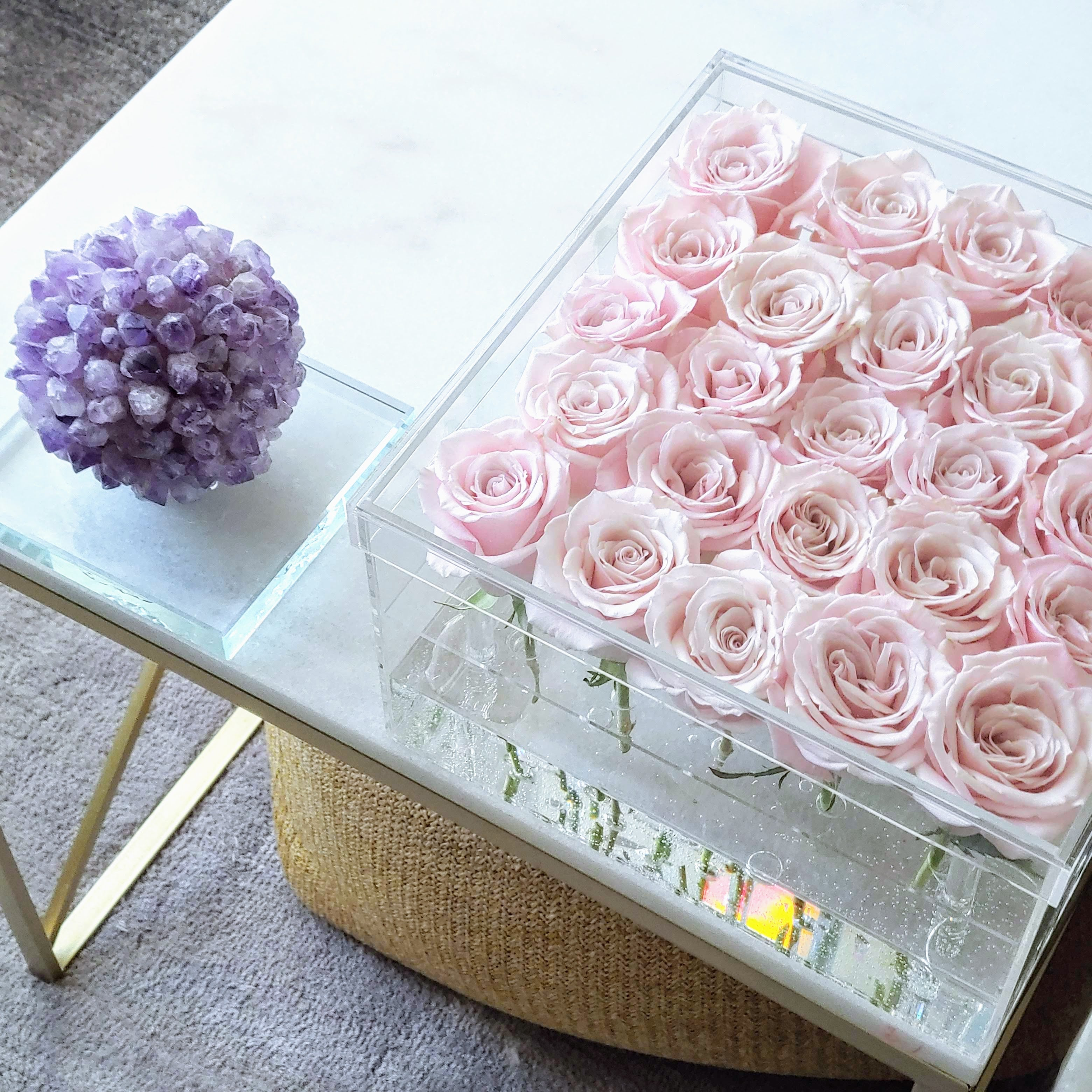 """DC Modern"" Red Fresh Cut Roses in a Square Acrylic Box - More Colors Available"