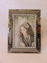 Pearl Picture Frame