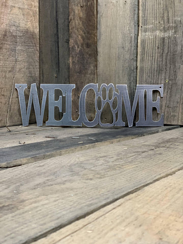 Rustic Welcome with Dog Paw